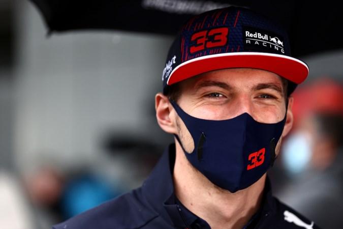 Verstappen reageert op insinuaties Hamilton: 'Wereldtitelstrijd met Lewis is kinderspel'