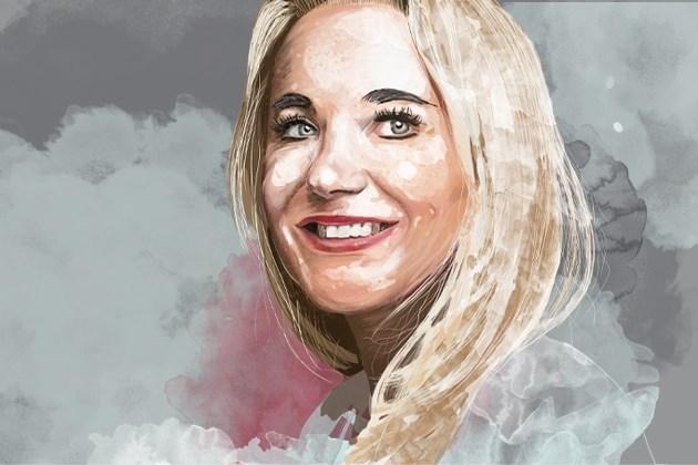 Imperium dieetgoeroe Sonja Bakker dondert in elkaar door plagiaat: van ideale buurvrouw naar BN'er in polderjetset