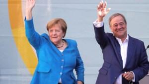 Merkel voert campagne voor Laschet: 'stem voor stabiliteit'