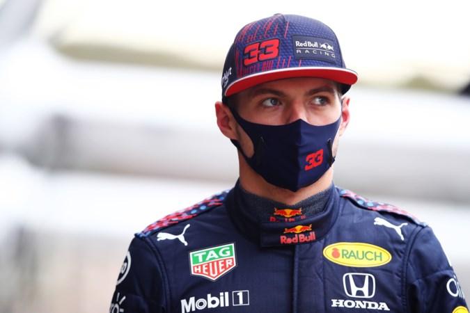 Verstappen geniet als toeschouwer van kwalificatie en hoopt op chaotische race: 'Zolang wij er maar niet bij zitten'