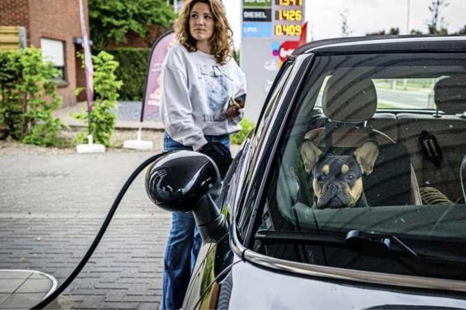 Tanken voor twee euro per liter? Wen er maar aan