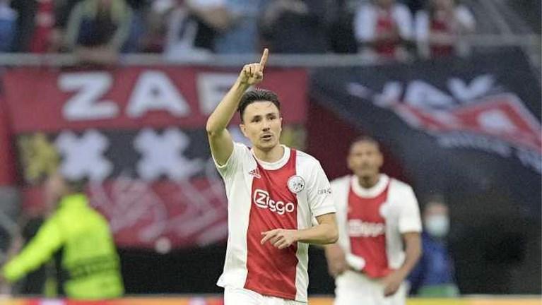 Oppermachtig Ajax doet uitstekende zaken in Champions League