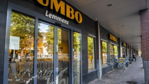 Jumbofiliaal in Maastricht doelwit van verfbom; woord 'bom' geschreven op de toegangsdeur