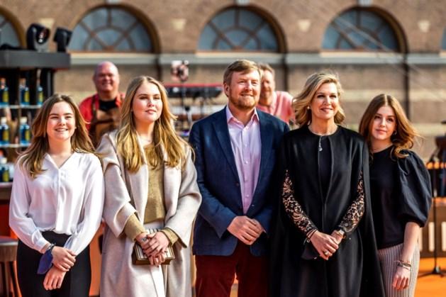 Koning viert Koningsdag 2022 in Maastricht