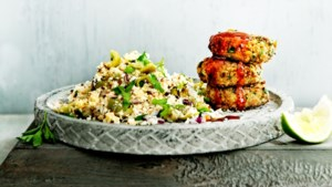 Janneke kookt: Bloemkoolcouscous met linzenfalafel en harissadressing