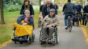Slechte straten en snelheidsduivels hinderen ommetje bewoners Sittardse zorgcentrum: 'In een rolstoel voel je elke hobbel'