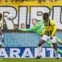 Limburgse keeper Jeroen Houwen onverwachte uitblinker bij Vitesse tegen Feyenoord
