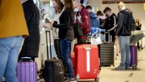 Tientallen reisorganisaties naar rechter om reisadviezen overheid