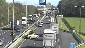 Flinke vertraging op A2 door ongeluk bij Roosteren en pechgeval bij Echt