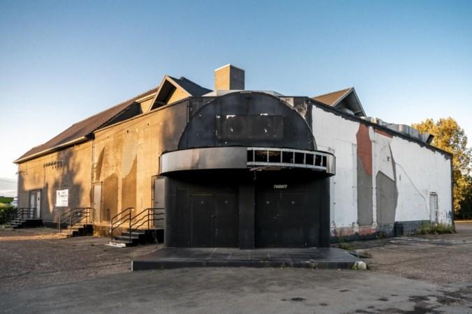 Vermaarde Belgische discotheek staat als bouwval te koop voor ruim een miljoen