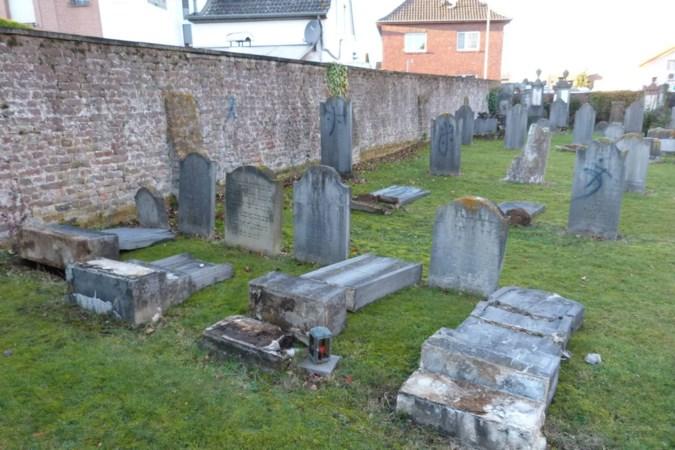 Mannen uit Selfkant en Gangelt verdacht van vernielen joodse graven, rechtszaak moet helemaal over