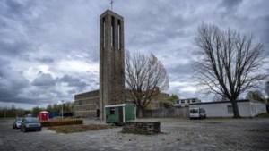 Sloop Blijde Boodschapkerk in Kerkrade kan vanwege beschermde vleermuizen niet zomaar doorgaan