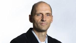 Column: Terwijl de energiekosten exploderen, rollebolt de praatclub in Den Haag al 204 dagen over het pluche