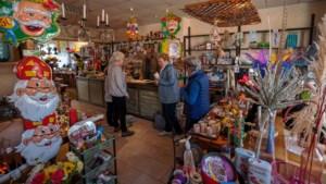 Dorpswinkel Dummer sluit na 98 jaar de deuren in Schinveld: Ze zullen het tot in Tsjechië voelen