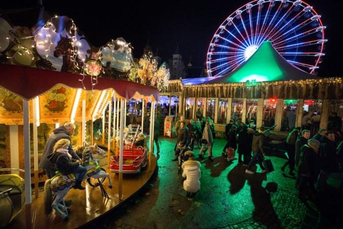 Schaatsbaan en reuzenrad keren terug op kerstevenement op het Vrijthof in Maastricht
