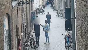 Man (18) slachtoffer van brutale beroving in binnenstad Maastricht: politie geeft beelden vrij van verdachten