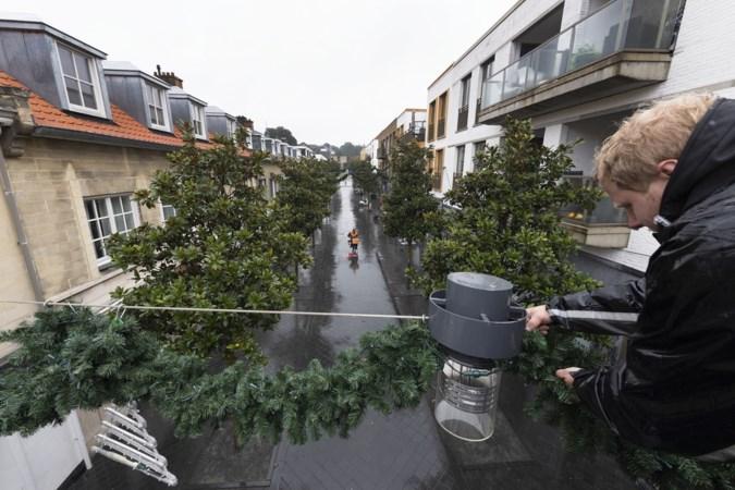 Kerstverlichting brandt weer in centrum Valkenburg, dit jaar geen vuurwerk bij opening van Kerststad