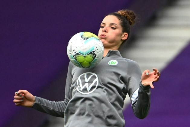 Dominique Janssen trefzeker voor Wolfsburg in Champions League