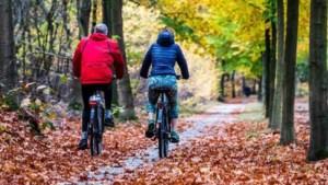 Herfst laat van zich horen: na droog weekend toenemende kans op neerslag en stevige wind