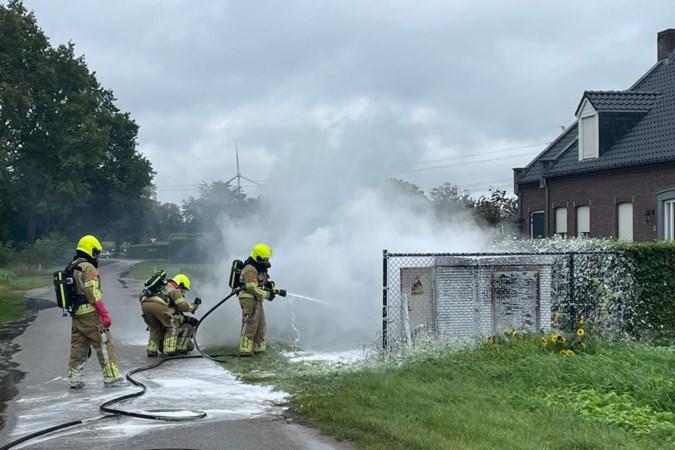 Enexis onderzoekt branden transformatorhuisjes Boekend en Neer, overbelasting stroomnet 'zeer onwaarschijnlijk'