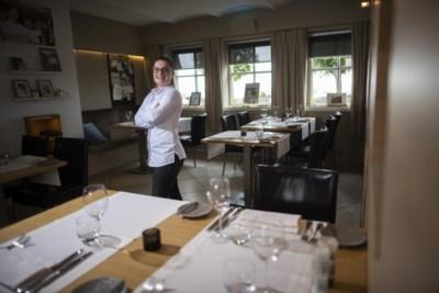 19-jarige chefkok Vera neemt gerenommeerd restaurant in Sint Geertruid over: 'Echt een culinair talent'