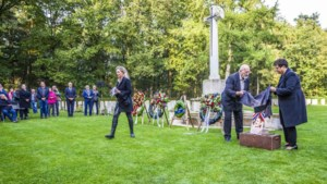 Gesneuvelde militairen op begraafplaats Overloon krijgen na 77 jaar een gezicht