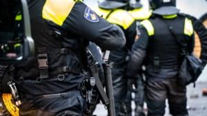 38 supporters in Eindhoven opgepakt, politie vordert lijnbus