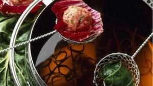 Lekker lang tafelen met verschillende soorten fondue: dompelen maar!