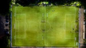 Noord-Limburgs amateurvoetbal: Kronenberg, Hegelsom en Kessel niet te stoppen, Bieslo stijf onderaan