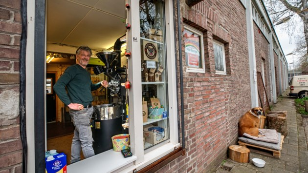 Charlie's Coffee niet meer de kleinste: grotere branderij in Gronsveld, nieuwe winkel in Maastricht