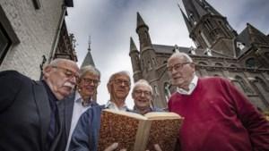 Wat betekent <I>aafklatsje</I> of <I>uuldop</I>? Uniek boek over Zittesj dialect duikt na bijna 100 jaar op