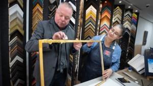 De lijst als blikvanger: Geleense kunstenaar gebruikt oude technieken om moderne kunst te herstellen