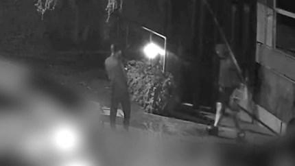 Politie deelt beelden van verdachten brandstichting in panden centrum Valkenburg