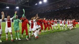 Erik ten Hag bewijst met zijn vlucht naar voren dat hij een échte Ajax-trainer is
