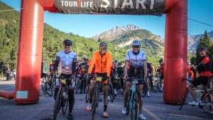 Theo (60) uit Heythuysen legt 1300 kilometer af op racefiets voor goede doel