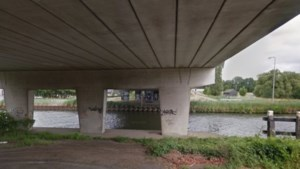 Rijbaan naar Stramproy op Boshoverburg in Weert blijft langer dicht
