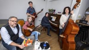 Troubadour Harry Bordon komt tot leven op muziekfestival Vocallis: 'Wie sjoeën ós Limburg is' gaat nooit verloren