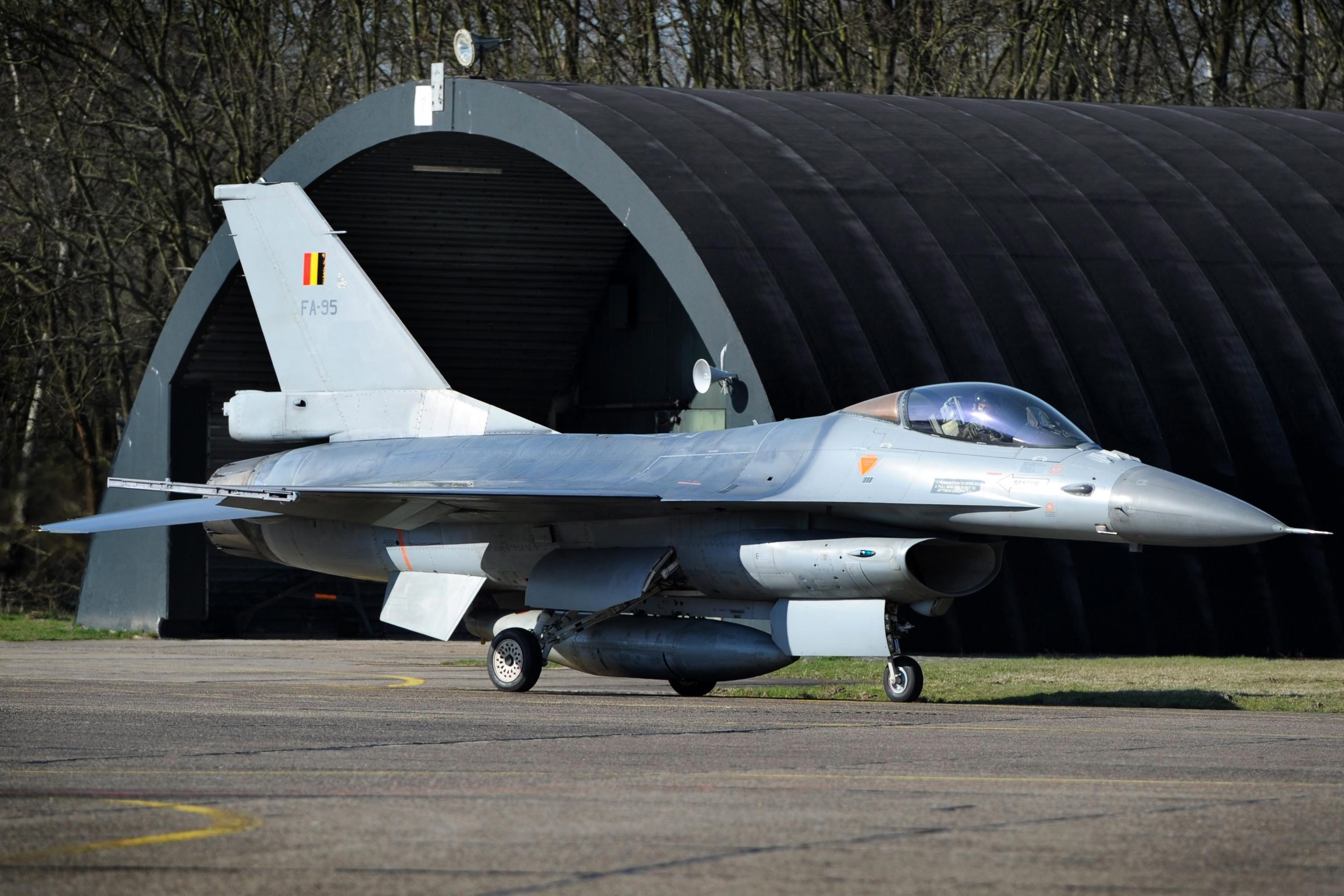 Militair steelt wapens uit Belgische kazerne: 'Niet iedereen is een Jürgen Conings'