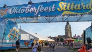 Horeca in Sittard werkt met polsbandjes tijdens Wiesnfest-weekend