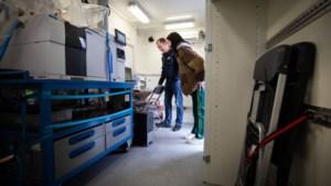 Mobiel en onbemand laboratorium gespot op parkeerplaats in Stein: wat wordt hier gemeten?