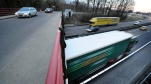 Wegpiraat die twee auto's op A76 ramde lijdt aan psychoses