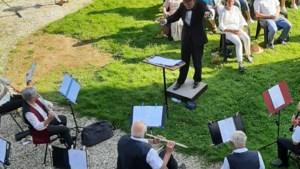 Dirigent Jo Savelkoul schrijft processiemars voor korpsen in Beekdaelen