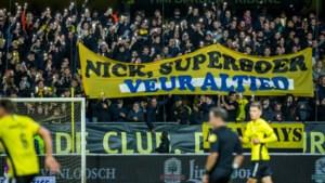 Eerbetoon van supporters De Graafschap én VVV voor overleden fan zorgt voor kippenvel
