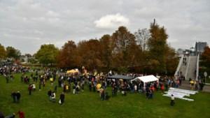 Demonstratie tegen vaccinatiebeleid en het coronapaspoort in Maastricht