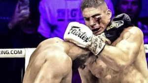 Rico Verhoeven na gladiatorengevecht in Gelredome: 'Dit is waar ik voor gemaakt ben'