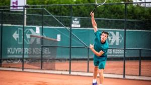 Talent Quin Verstegen (20) uit Baarlo geeft zijn droom om tennisprof te worden op: 'Financiële plaatje klopte niet meer'