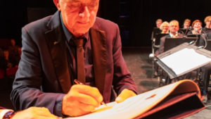 Van Hornepenning voor Weerter dirigent Tjeu Snoek