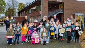 Kinderen Basisschool Munstergeleen houden flessenactie voor zwaargetroffen Adelante Kind & Jeugd in Valkenburg