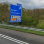 Ergernis in Dörp, tevredenheid in Kepèl: 'Helden' gesneuveld op verkeersbord langs A67 ten faveure van 'Panningen'