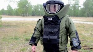 Bouwvakkers in Genhout vinden munitiekist met tekst 'grenade' en slaan alarm